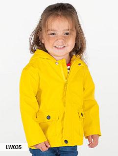 Enfant (vêtements de pluie]